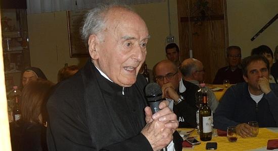 La comunità parrocchiale di San Panfilo festeggia i 100 anni di Don Vittorio