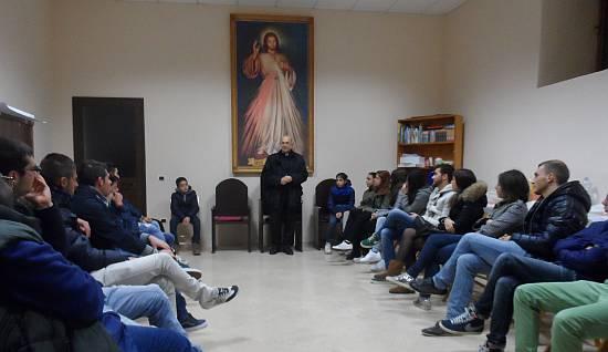 Campo di Giove, i giovani in dialogo con il Vescovo dans Incontro con giovani campodigiove_giovani