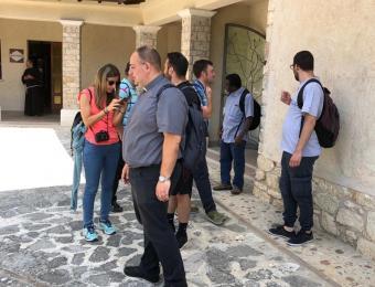 seminaristi-e-giovani-a-Greccio-023