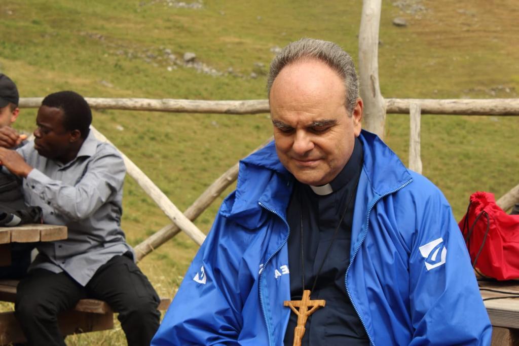 seminaristi-e-giovani-a-Scanno-011